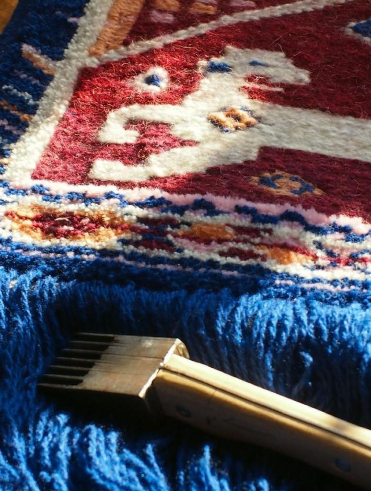 Tapestry weaving online