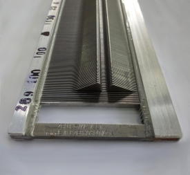 Carbon steel reed